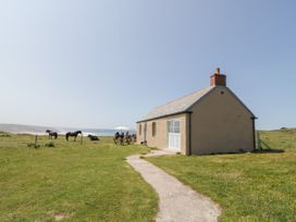 St Piran's Point - Cornwall - 1026270 - thumbnail photo 1