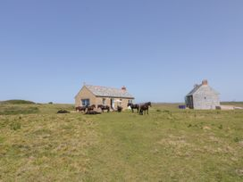 St Piran's Point - Cornwall - 1026270 - thumbnail photo 20