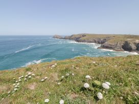 St Piran's Point - Cornwall - 1026270 - thumbnail photo 23