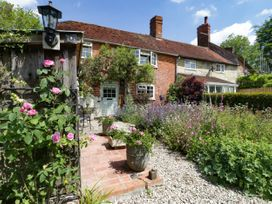Pear Tree Cottage - Dorset - 1026281 - thumbnail photo 1