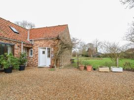 Wisteria Cottage - Norfolk - 1026350 - thumbnail photo 1