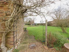 Wisteria Cottage - Norfolk - 1026350 - thumbnail photo 21