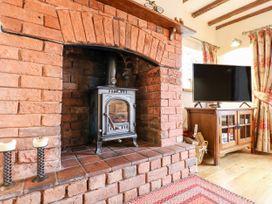 Bellamour End Cottage - Peak District - 1026411 - thumbnail photo 6