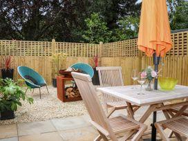 Stables Cottage - Kent & Sussex - 1026426 - thumbnail photo 15