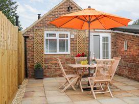 Stables Cottage - Kent & Sussex - 1026426 - thumbnail photo 18