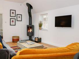 Stables Cottage - Kent & Sussex - 1026426 - thumbnail photo 5