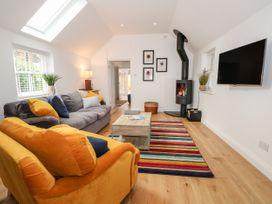 Stables Cottage - Kent & Sussex - 1026426 - thumbnail photo 3