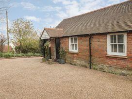 Stables Cottage - Kent & Sussex - 1026426 - thumbnail photo 1