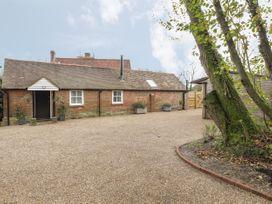 Stables Cottage - Kent & Sussex - 1026426 - thumbnail photo 22