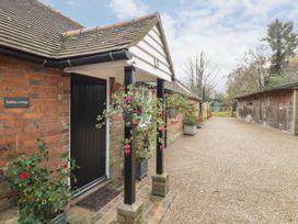 Stables Cottage - Kent & Sussex - 1026426 - thumbnail photo 2