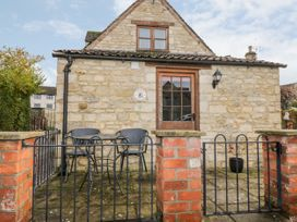 Chapel Cottage - Cotswolds - 1026485 - thumbnail photo 19