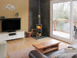 Willow River Lodge - Shropshire - 1026698 - thumbnail photo 4