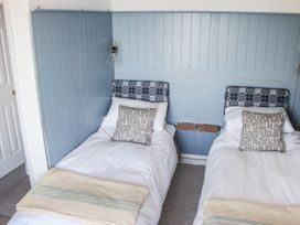 12 Sea View Terrace - Devon - 1026713 - thumbnail photo 20