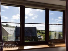 Sea Views - Dorset - 1026857 - thumbnail photo 16