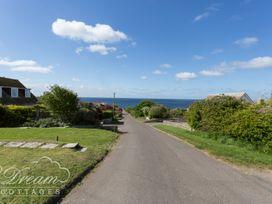 Sea Views - Dorset - 1026857 - thumbnail photo 2