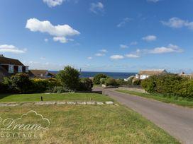 Sea Views - Dorset - 1026857 - thumbnail photo 24