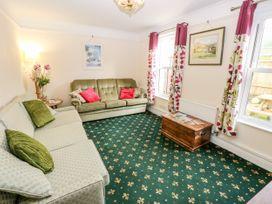 Fovant Cottage - Isle of Wight & Hampshire - 1026930 - thumbnail photo 5