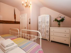 Cornforth Cottage - South Coast England - 1026941 - thumbnail photo 22