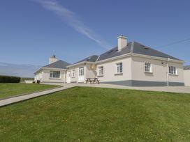5 bedroom Cottage for rent in Belmullet