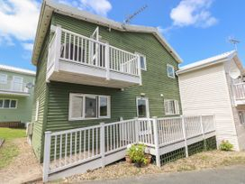 3 bedroom Cottage for rent in Pembroke