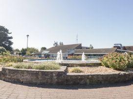18D Shorefield Country Park - South Coast England - 1027351 - thumbnail photo 23