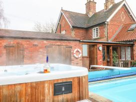 Pool Cottage - Lincolnshire - 1027422 - thumbnail photo 3