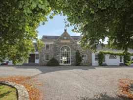 The Manor House - Anglesey - 1033526 - thumbnail photo 1