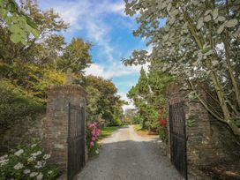 The Manor House - Anglesey - 1033526 - thumbnail photo 37