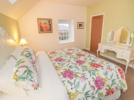 May Cottage - Whitby & North Yorkshire - 1033567 - thumbnail photo 13