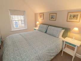 May Cottage - Whitby & North Yorkshire - 1033567 - thumbnail photo 14