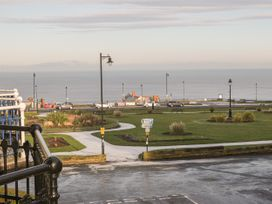 Flat 4 - Whitby & North Yorkshire - 1034058 - thumbnail photo 9
