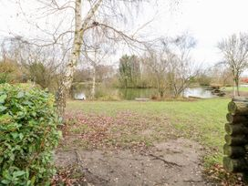 10 Duck Lake - Lincolnshire - 1034174 - thumbnail photo 28