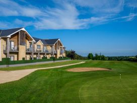 Cotswold Club (Apartment 4 Bedrooms with Golf View) - Cotswolds - 1034456 - thumbnail photo 20