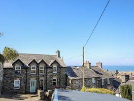 Min y Ffordd - North Wales - 1034457 - thumbnail photo 2