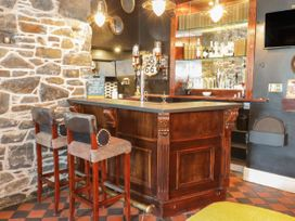 The Bar Suite - North Wales - 1034483 - thumbnail photo 5
