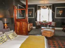 The Bar Suite - North Wales - 1034483 - thumbnail photo 7