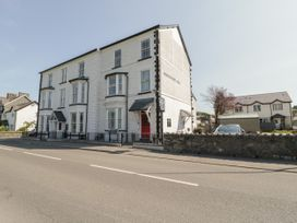 The Bar Suite - North Wales - 1034483 - thumbnail photo 14