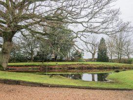 The Hayloft at Merces - Kent & Sussex - 1034636 - thumbnail photo 24