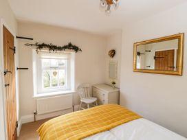 2 Primrose Villas - Whitby & North Yorkshire - 1034768 - thumbnail photo 12