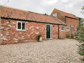 Robin's Nest Cottage - Whitby & North Yorkshire - 1035060 - thumbnail photo 1