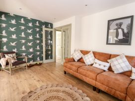 Giggling Goose Cottage - Lincolnshire - 1035167 - thumbnail photo 6