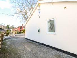 Giggling Goose Cottage - Lincolnshire - 1035167 - thumbnail photo 30