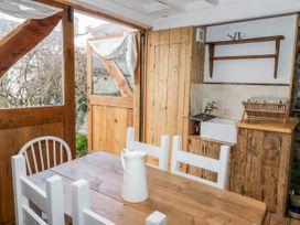 Studio Bach - Anglesey - 1035238 - thumbnail photo 9