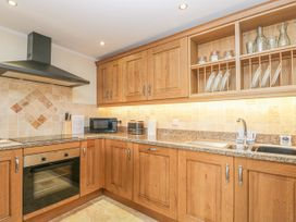 136 Castle Road - Whitby & North Yorkshire - 1035280 - thumbnail photo 7