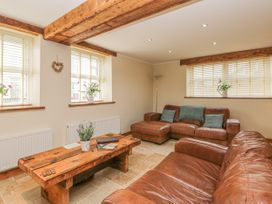 136 Castle Road - Whitby & North Yorkshire - 1035280 - thumbnail photo 8
