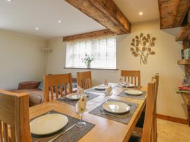 136 Castle Road - Whitby & North Yorkshire - 1035280 - thumbnail photo 10