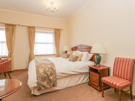 136 Castle Road - Whitby & North Yorkshire - 1035280 - thumbnail photo 14