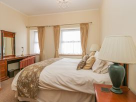 136 Castle Road - Whitby & North Yorkshire - 1035280 - thumbnail photo 15