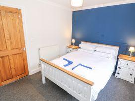 20 High Street - North Wales - 1035290 - thumbnail photo 11