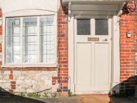 2 bedroom Cottage for rent in Petersfield
